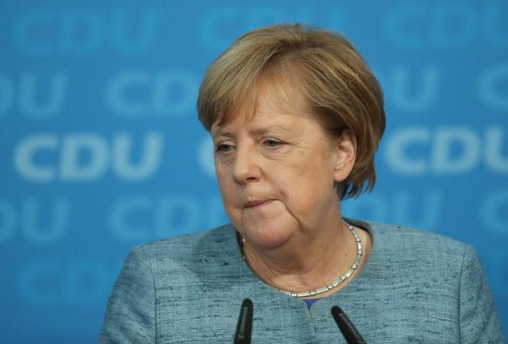 Angela Merkel: l'addio che fa tremare l'Europa