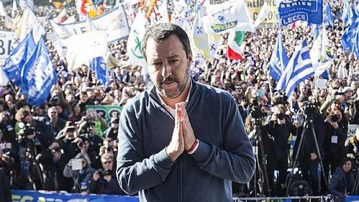 Salvini a piazza del Popolo: la politica del buon senso che marcia compatta