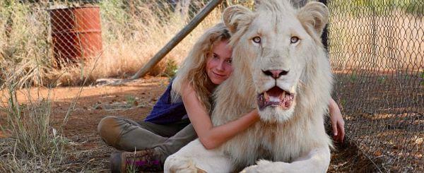 Mia e il Leone Bianco | Storia di una vera amicizia