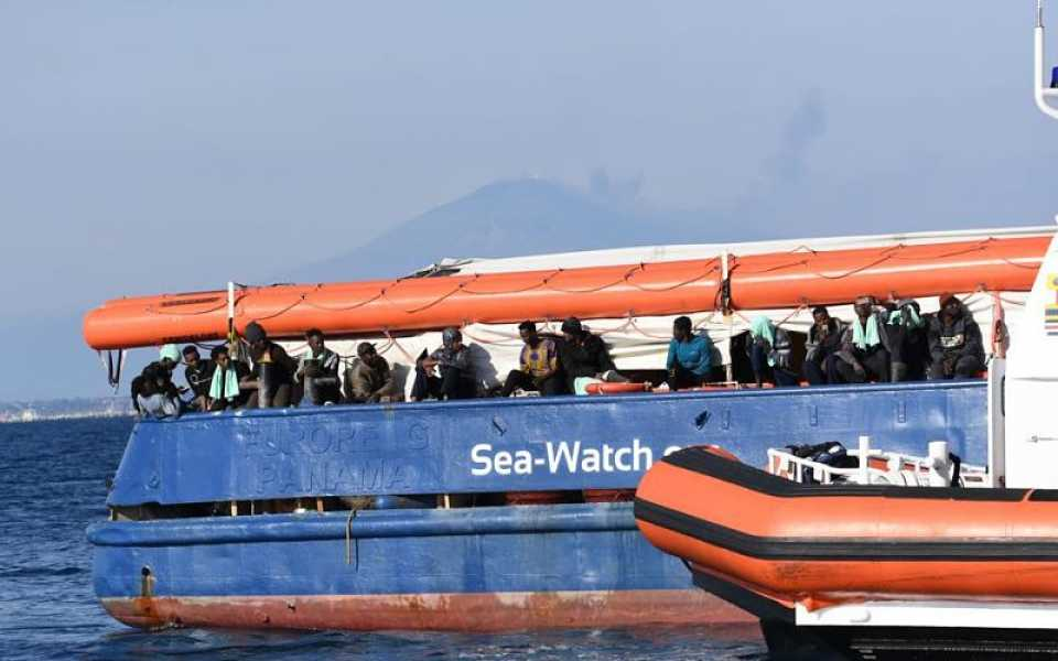 Sea Watch: sbarcata a Catania la merce umana. L'accoglienza forzata su base volontaria