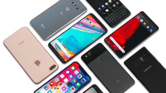 Italiani e smartphone: primi in Europa per gli acquisti online