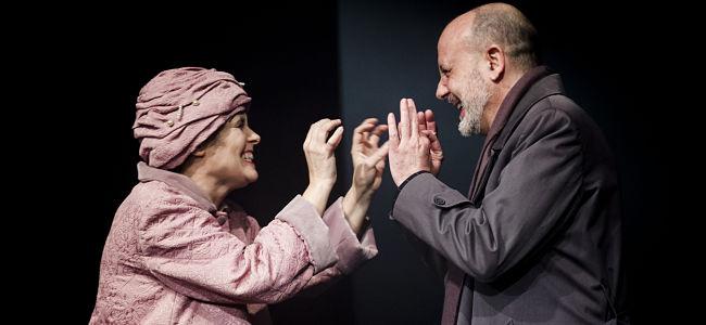 Édith Piaf, l'usignolo non canta più: un inno all'amore