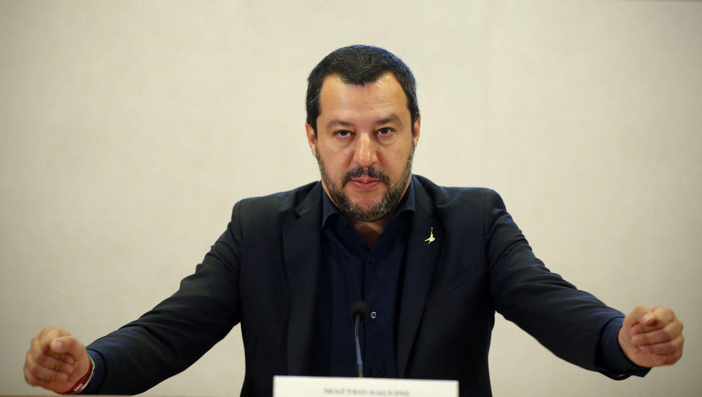 L'accoglienza in Italia serve solamente alla propaganda ed alla criminalità
