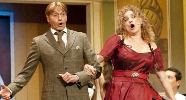 """""""Benvenuti…al Cavallino Bianco"""": l'operetta affascina il Teatro Mandanici"""