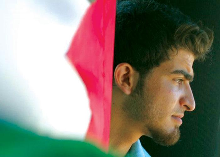 """GAZA: il rapper che vuole """"colpire duramente come un cecchino"""""""