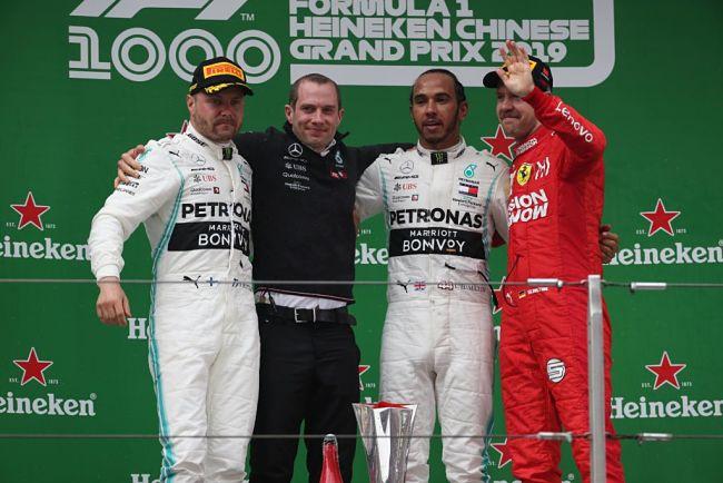 GP Cina: domina Hamilton, Ferrari terza e staccata