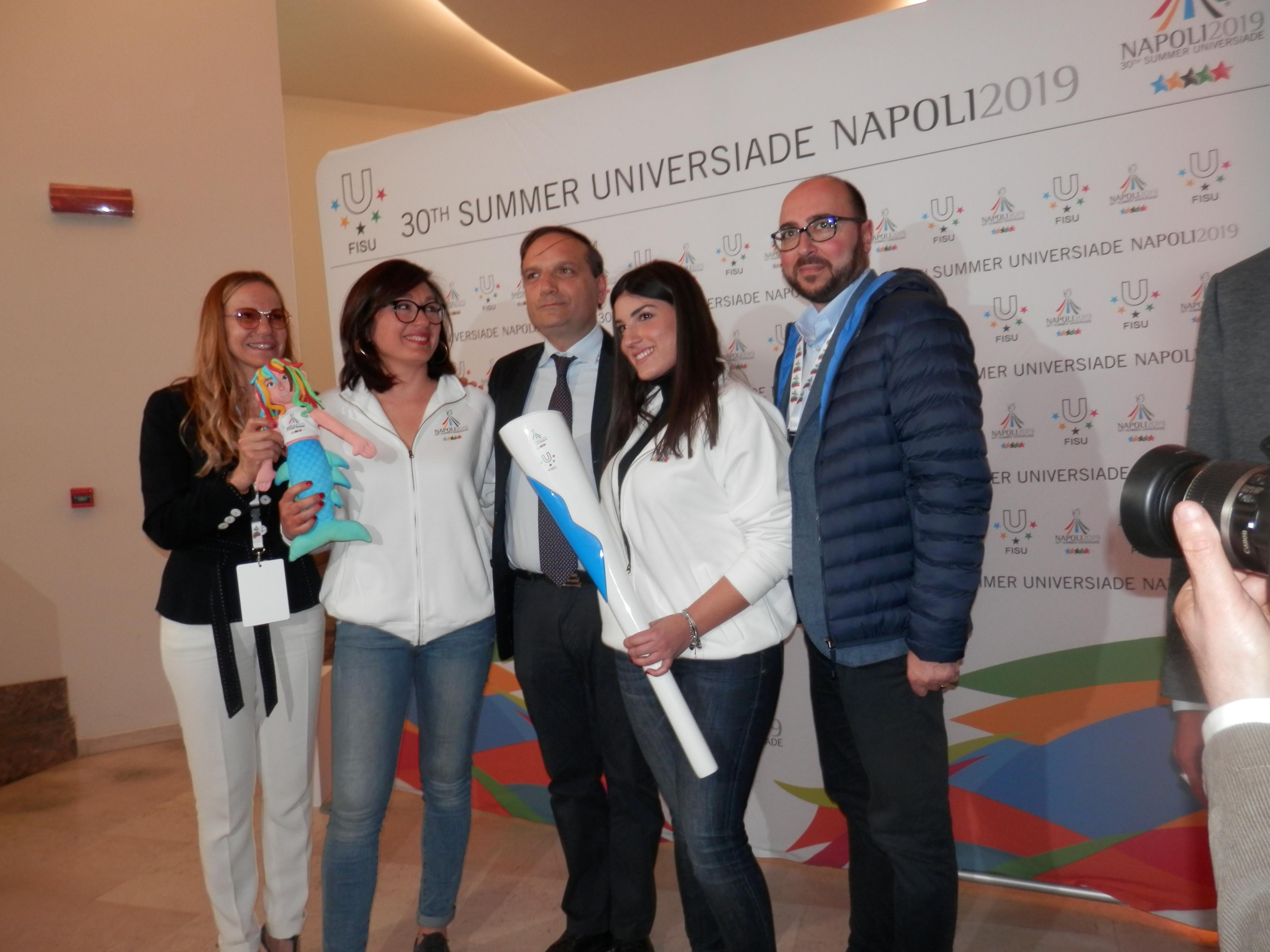 Universiadi 2019. Presentate a Napoli Mascotte e Fiaccola dei giochi