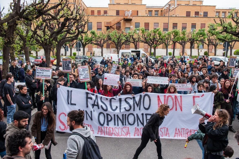 Mimmo Lucano in Sapienza: la sinistra esiste ancora e vive nell'Università