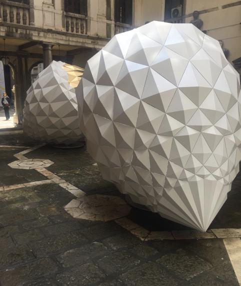 Curiosando alla Biennale #3: Ziba Ardalan