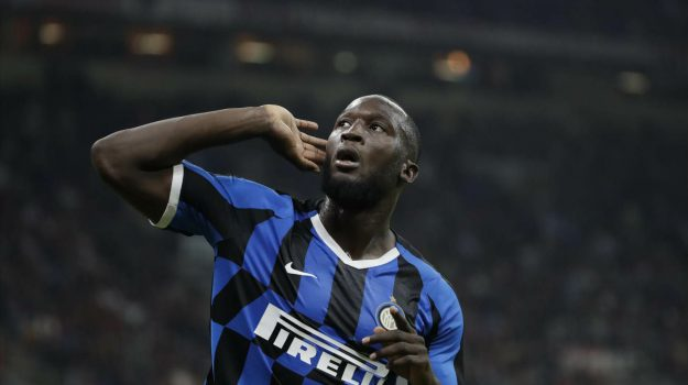 Milan – Inter 0-2, Brozovic e Lukaku stendono i cugini