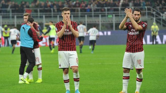 Milan beffato nel finale, con il Lecce è 2-2