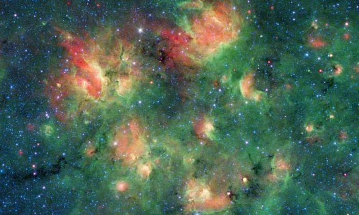 Milky Way Project: le foto spaziali di un progetto cittadino per mappare le stelle