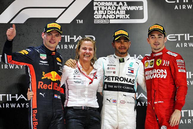 GP Abu Dhabi: Hamilton chiude dominando davanti a Verstappen e Leclerc