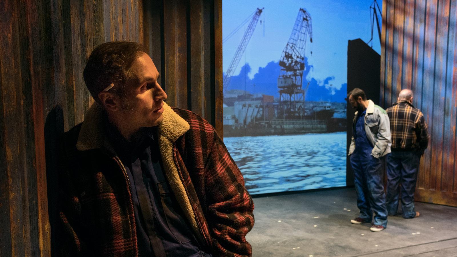 'Fronte del porto', la sconvolgente fusione tra teatro e cinema