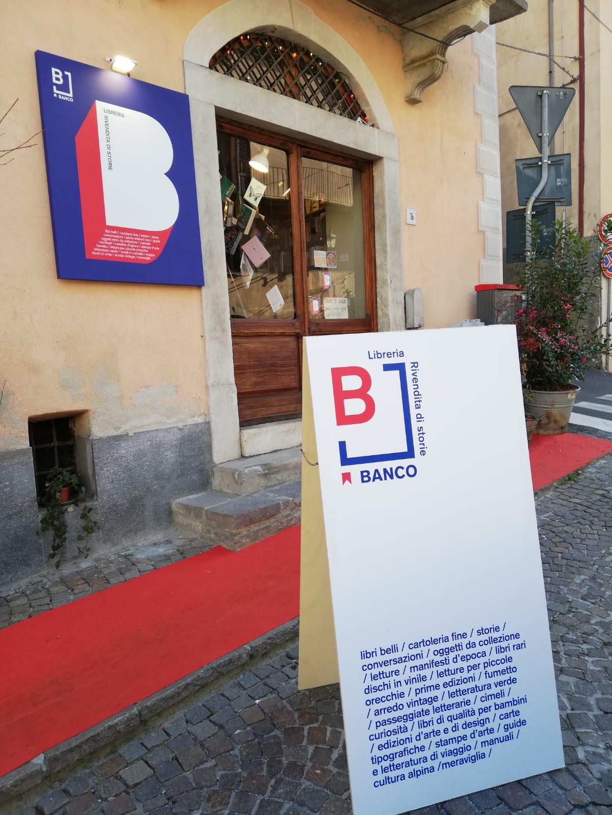 """Massimo Maia e la sua libreria """"Banco, rivendita di storie"""""""