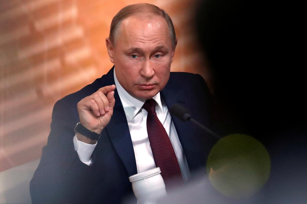 Russia: Riformando la Costituzione Putin crea la base per il potere permanente