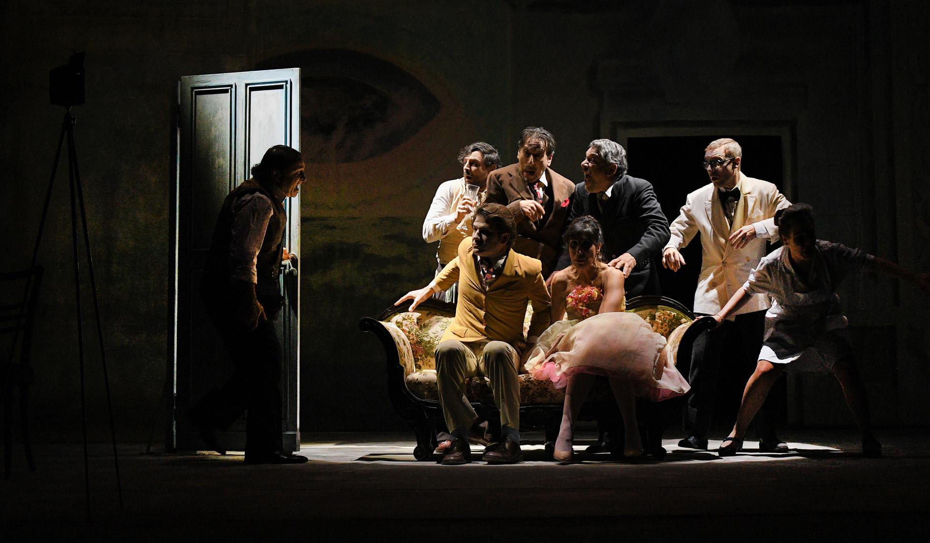 Arlecchino servitore di due padroni. La recensione dello spettacolo al Teatro Argentina