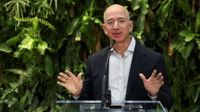 Amazon lancia il Bezos Earth Fund, ma si tratta di greenwashing?