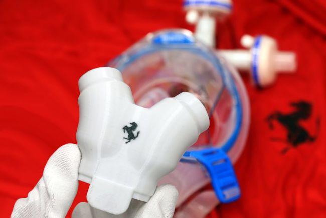 Covid-19: la Ferrari nella produzione di respiratori polmonari