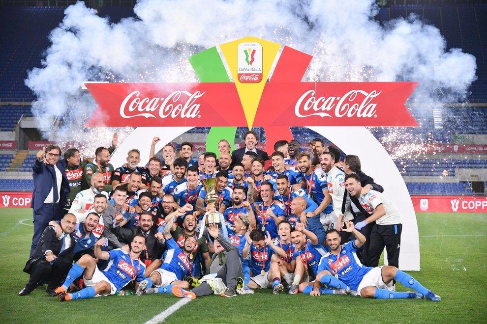 Rigori fatali alla Juve, Coppa Italia al Napoli
