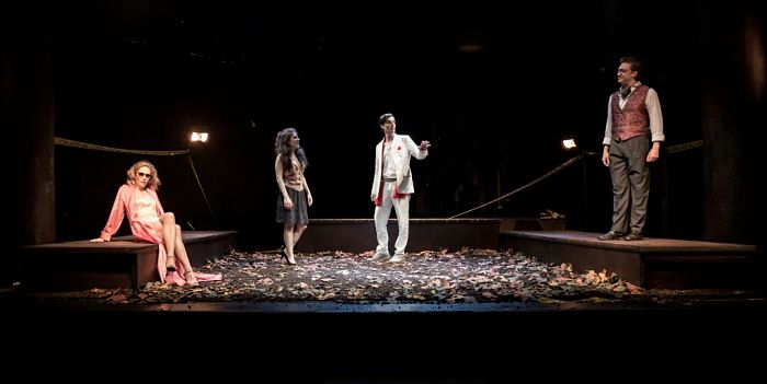 Napoli Teatro Festival Italia: il teatro rinasce con te, con noi