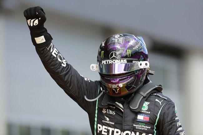 Gp Stiria: Hamilton firma doppietta Mercedes, disastro Ferrari