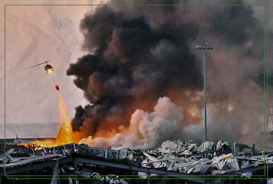 Esplosione al porto di Beirut. Devastata mezza città