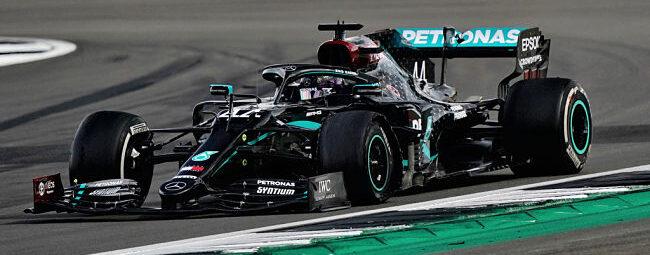 GP Gran Bretagna: Hamilton vince con foratura all'ultimo giro