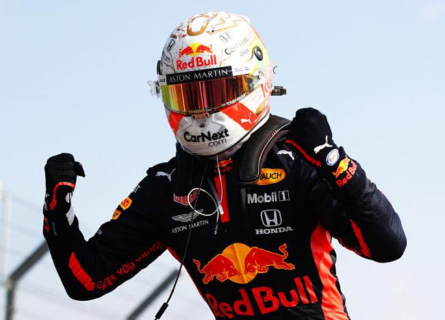 Gp del 70° Anniversario, Verstappen batte le Mercedes