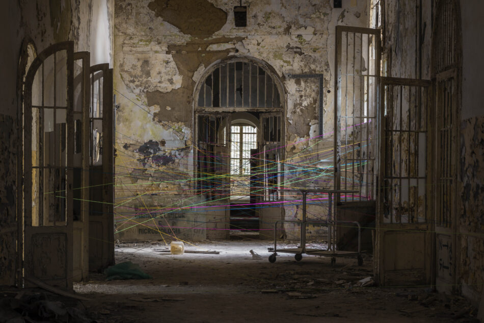 Paratissima 2020 – Art Station. Lo specchio di una società in frantumi