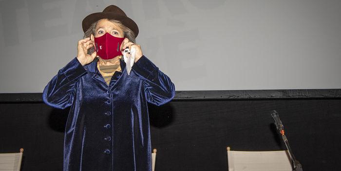Teatro Franco Parenti: Ma il teatro c'è, a preservare umanità