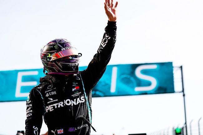 Gp Portogallo: Hamilton batte il record di Schumacher, gara intensa a Portimão