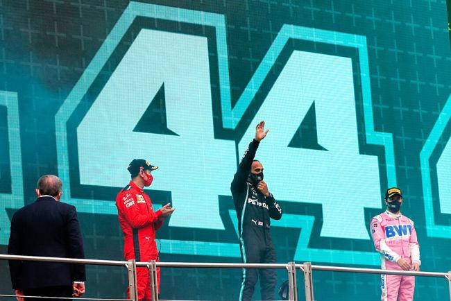 Gp Turchia: Hamilton campione per la settima volta eguaglia Schumacher, l'inglese vince davanti a Perez e ad un grande Vettel
