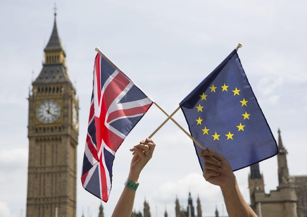 Sognando Londra: nuova immigrazione a punti, giocare d'anticipo per battere la Brexit