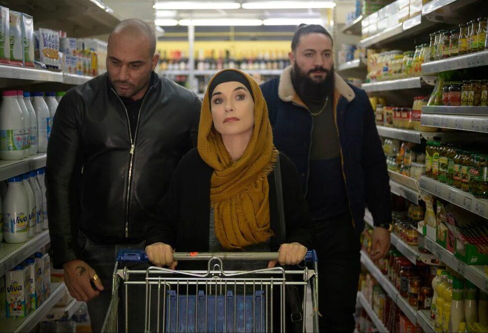La Padrina al supermercato, La padrina: una commedia equilibrata al nuovo Cinema Troisi